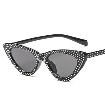Womens Retro Cat Eye Rhinestone Polka Dot Small Vintage Style Sunglasses UV400