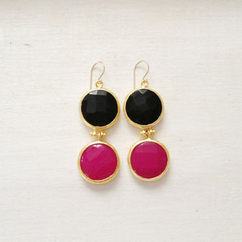 LARGE dangle long  DUAL bright  fuchsia pink and black gemstone earrings gold gemstone earrings Israel jewelry