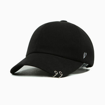 2016 New Metal Rings Fashion Cap Baseball Cap Snapback Hat For Men Women Baseball Hat Outdoor Sport Golf Hat Bone Adjustable