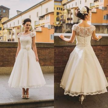 Vintage Tea Length Lace Wedding Dresses Plus Size  2017 A Line Cap Sleeves Arabic Country Rustic Wedding Gowns Bridal Dress