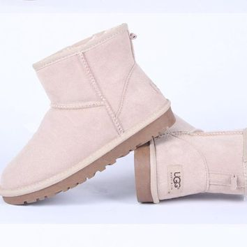 UGG Women male Fashion Wool Snow Boots-108