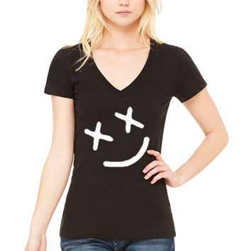 "Louis Tomlinson ""Smiley Face"" Tattoo V-Neck T-Shirt"