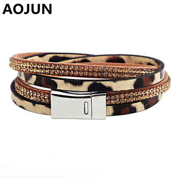Trendy Genuine Leather Leopard Bracelet Crystal Rhinestone Wrap Bracelets & Bangles for Women Magnet buckle Cuff Jewelry Q1027