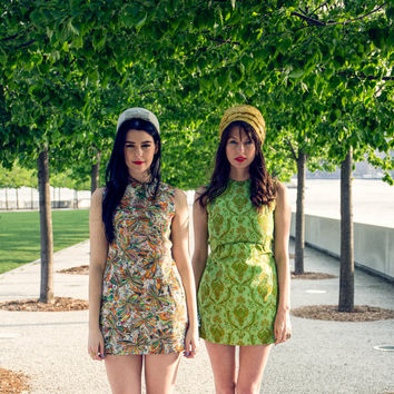 Vintage 60s MOD PAISLEY Dress / Micro Mini Dress / Lime Green, Oriental Print / Sleeveless, Summer Dress / Groovy, Festival / Small