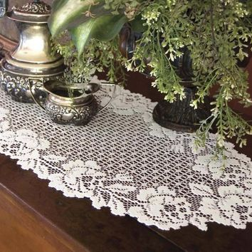 Cottage Rose Lace Table Runner