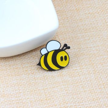 Fashion Brooches Cartoon Cute Bee Fly Insect Brooch Kids Girls Clothes Accessories Black Yellow Enamel Pin Birthday Gift Jewelry