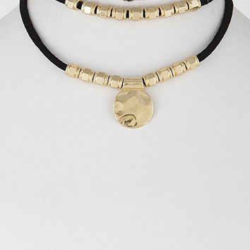 Solid Circle Choker Necklace