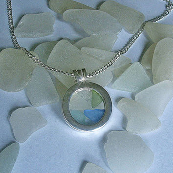 Sea glass jewelry. Sea Glass porthole pendant. Beach sea glass necklace.