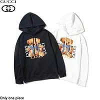 GUCCI hot seller of casual couples hoodies and fashionable printed bear hoodies
