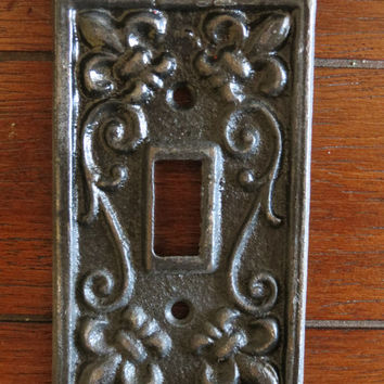 ON SALE Black light switch cover/ Fleur de lis design/ Cast Iron light switch cover/Paris apartment/ Shabby chic