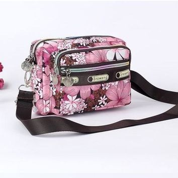 Women Messenger Bags Handbag Lady Causal Small Cross Body Floral Cartoon Tsum Bag Hobo Mujer Bag For Girl Bolsa Feminina Purse
