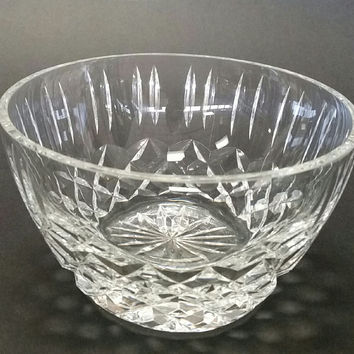 Hand cut and hand polished crystal bowl Triumph pattern