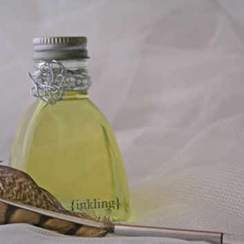 Tweed and Spice -pure perfume & essential oils, alcohol free, 2oz inkwell, feather quill, vanity tray. Long lasting oil fragrance. Handmade
