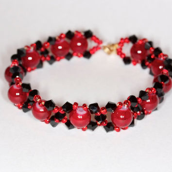 Red glass beads and Swarovski bracelet Swarovski bracelet Glass beads bracelet Red handmade bracelet Red bracelet Glass beaded bracelet