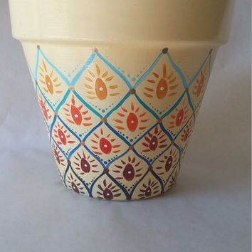Ombre pot, hand painted pot, omber flower pot, clay pot, painted flower pot, yellow flower pot, ombre color pot, patio decor, spring pot