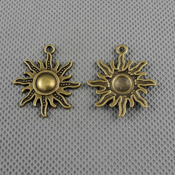 3x Making Jewellery Supply Retro Bronze Collier Jewelry Findings Charms Schmuckteile Charme 4-A2618 Punk Sun