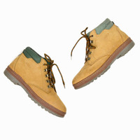 Vintage Women's Hiking Boots / Tan Leather Boots - 8 / 8.5