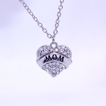 Factory Direct 2016 Mother's Day Mom Fashion Simple Letters MOM Alloy Necklace Foreign Trade Selling Products