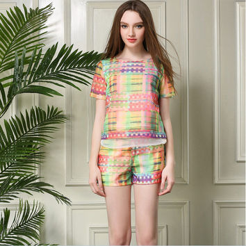 Multi Patterned Short-Sleeve Shirt With Paired Chorts