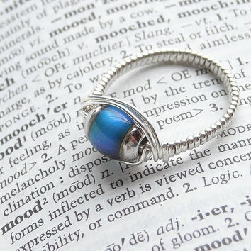 Sterling Silver Mood Ring Artisan Made Size 8 by WindysDesigns