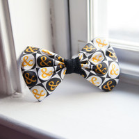 Of Mice & Men Logo Hair Bow by AlexsMisfitToys on Etsy