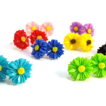 Small Daisy Earrings, Colorful Gerber Daisy Earrings, Pretty Little Flower Earrings, by DreamingAlice