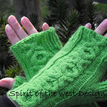 Love Gloves Fingerless - Knitting Pattern, mittens, armwarmers, cabled fingerless gloves, xox, hugs and kisses, spring gloves, adult, teen