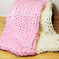chunky knit blanket, natural merino wool giant stitch blanket, arm knitted blanket, extreme knitting