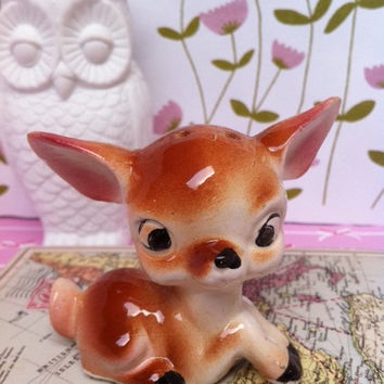 Cute, kitsch deer figurine! Classic, vintage, china made-in-Japan Bambi!!