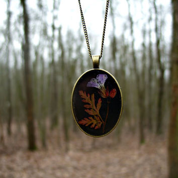 Real flower necklace - Herb Robert - Pressed flower jewelry - Nature inspired - Spring necklace - Botanical -Floral pendant