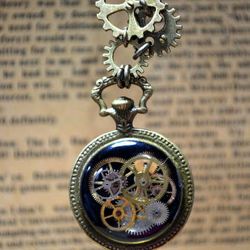 Steampunk Vintage Retro Style Pendant, Gears with Pocket watch linked 3 kind of Gears, Black Colour Necklace, Neo Victorian Style Pendant