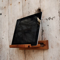 Peg and Awl: iPad Easel, at 30% off!