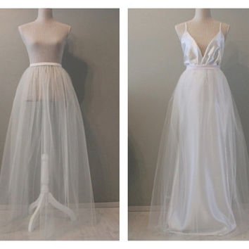 Wedding overskirt, detachable wedding skirt, tulle wedding overskirt, tulle wedding skirt, maxi tulle skirt, white tulle skirt.