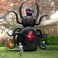 The 12' Inflatable Animated Spider - Hammacher Schlemmer