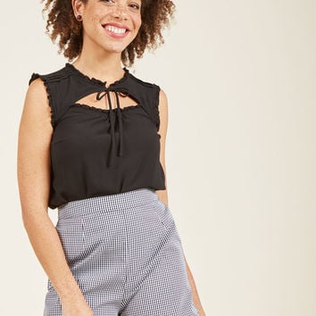 Ruffled Cutout Sleeveless Top in 1X