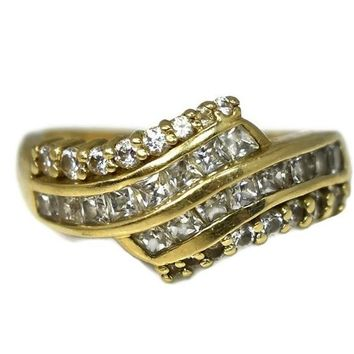 14k Gold Cubic Zirconia CZ Cocktail Ring 32 Channel Set and Brilliant Stones
