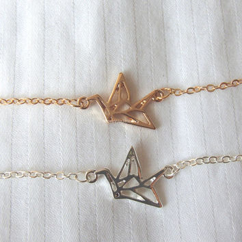 Crane Bracelet - 2 colors available (gold and silver) - Adjustable length, paper crane, dainty, cute and lovely pendant jewelry; love arrow