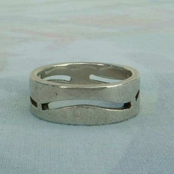 Sterling Silver Band Ring with Wavy Openings Size 7