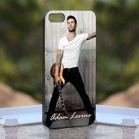 Adam levine, Print on Hard Cover iPhone 4/4S Black Case