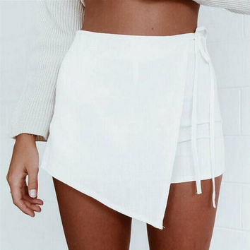 Layered Short Pants with Strap