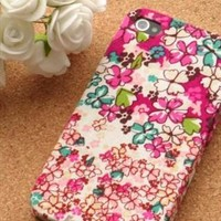 hand retro flower case for iphone5 from adaliawu