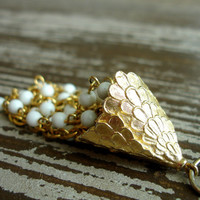Vintage Tassel Necklace: Gold Tone Necklace with White Beaded Tassel, Flapper Style, Dragon Scales, Rope Chain, Estate Jewelry
