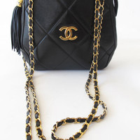 Wiseling | Chanel |  fabulous & rare vintage 80's CHANEL leather quilted gold hardware chain bag purse