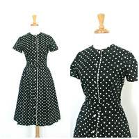 Vintage 40s dress / 1940s dress / swing dress / fit and flare / full skirt dress / shirtdress / polka dot / lucy dress / Medium