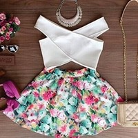 White Green Pink Yellow Sleeveless V Neck Cut Out Floral Pleated Skater Circle A Line Flare Mini Dress