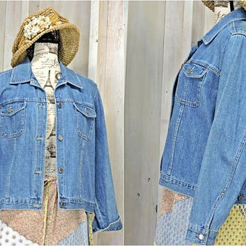 90s Womens Denim jacket / size M / Crazy Horse Liz Claiborne / jean jacket / lightweight / casual
