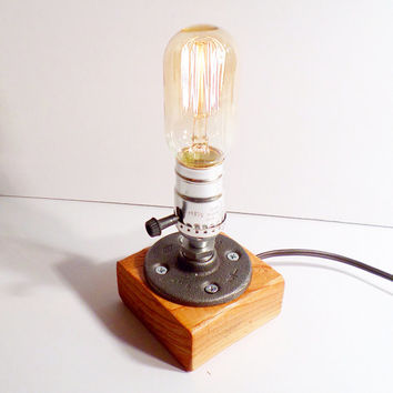Radio style Edison Bulb table lamp - Maple finished wood base - Steam punk style light - New york loft industrial style
