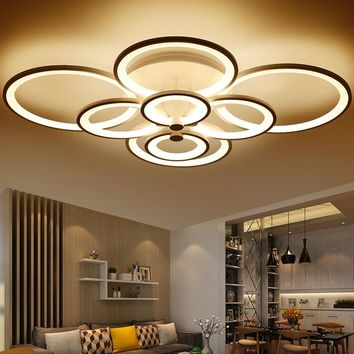 Modern Overlapping-Circles LED Ceiling Light Fixture w/ Remote