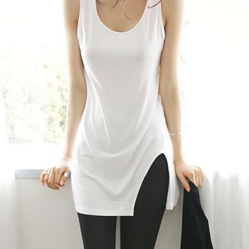 Plain Irregular Slit Hem Tank Top