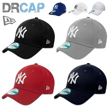 NEW ERA 9FORTY CURVED PEAK NEW YORK NY YANKEES ADJUSTABLE BASEBALL CAPS 55-61cm